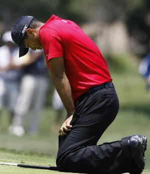 tiger-woods-acl-reconstructive-surgery